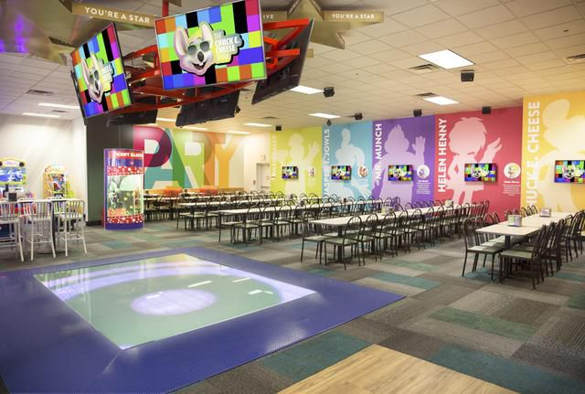 Chuck E. Cheese Says Goodbye to Tokens and Their Animatronic Robot Band at Over 80 Locations