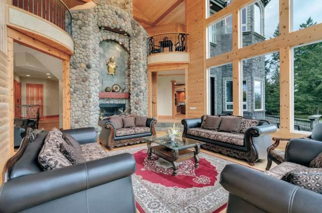 This sprawling Arlington mansion is fit for a king and queen