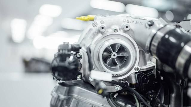 Mercedes-AMG introduces electric exhaust gas turbocharger for performance and efficiency