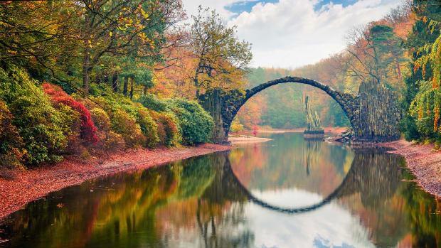 30 Mysterious Travel Destinations Around the World