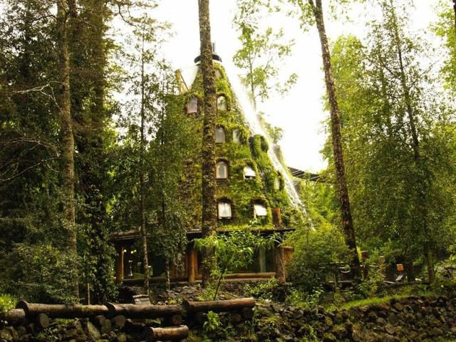The Top 10 Fairytale Hotels/Experiences in the World and What They Will Cost You