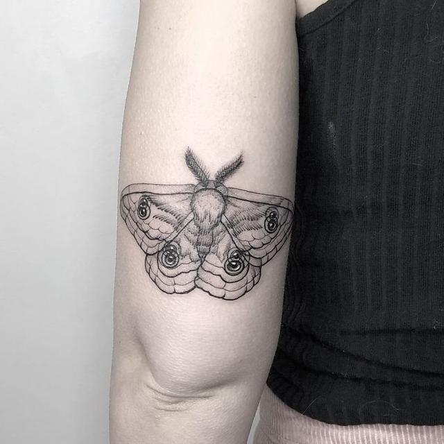 This Talented Mexican Tattoo Artist Specializes In 'Double Vision' Tattoos