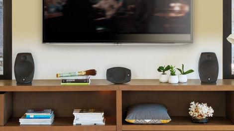 How to Choose Between Wired, Bluetooth, or Wifi for Your Home Speaker Setup