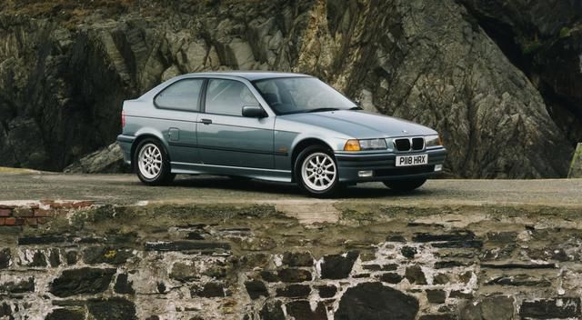 10 Underrated Classic Performance Cars (And 5 That Should Stay In The Past)