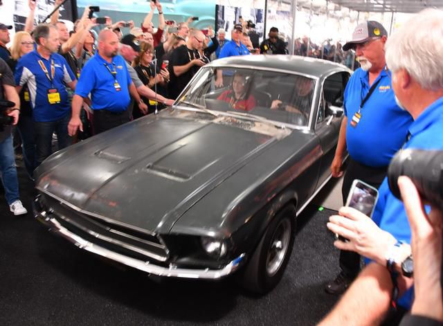 Steve McQueen's 1968 Mustang from 'Bullitt' sells for $3.4 million