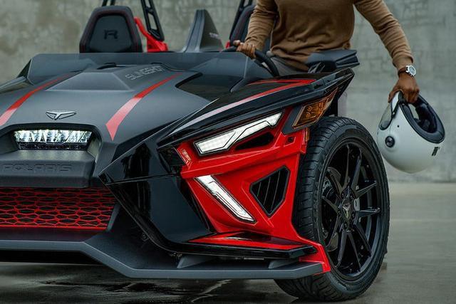 Polaris' Absurd 3-Wheel Slingshots Boast Serious Upgrades for 2020