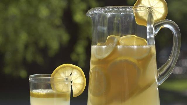Will Drinking Lemon Juice Kill The Coronavirus? Dr. Mallika Marshall Answers Your Questions