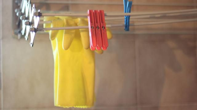 Woman Finds Boyfriend's 'Poop Gloves' His Mom Gave Him & He Doesn't See the Problem
