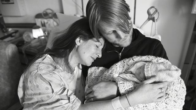 A Photographer Has Spent 20 Years Documenting Stillbirths