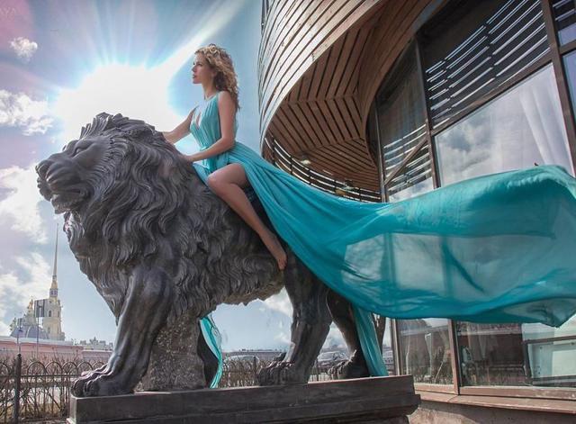Lions In St. Petersburg