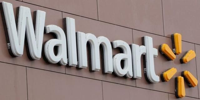 This Week, Walmart Is Giving Employees A Tiny Perk. Target Employees Will Shake Their Heads In Disbelief