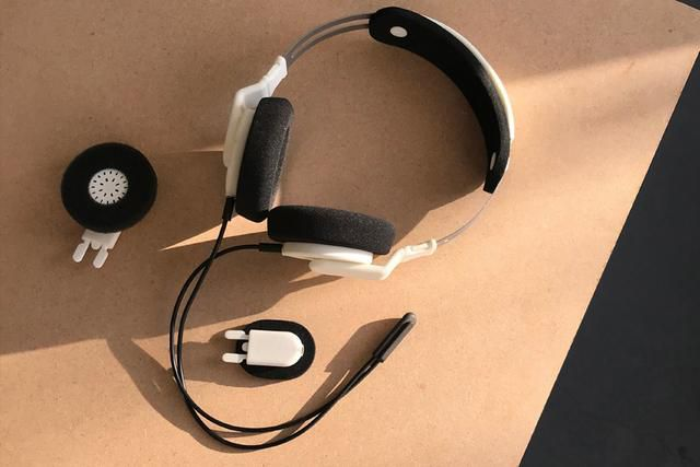 Modular headphones that mix your sound to match your space