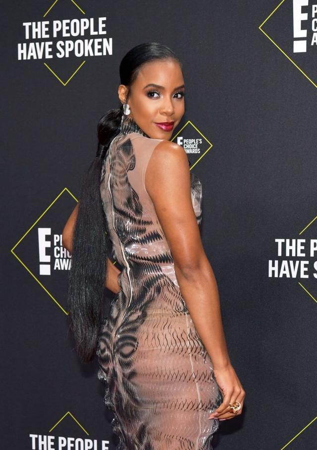 Kelly Rowland Shows Us Brown Skin Girl Style At The 2019 E! People's Choice Awards