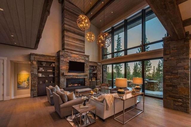 Home of the Day: Stunning Lodge Home in the California Mountains