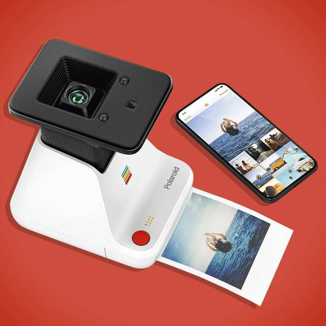I Hate Most Mobile Photo Printers, But I Can't Stop Using This One